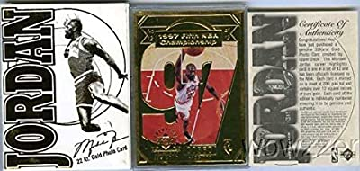 1998 UDA Michael Jordan 22KT Gold Limited Edition Serial Numbered Photo Card Chicago Bulls in Plastic Holder to Protect it ! Includes Gold Leaf Color Box and Certificate of Authenticity ! Rare Vintage Jordan Collectible Nearly 20 Years Old !