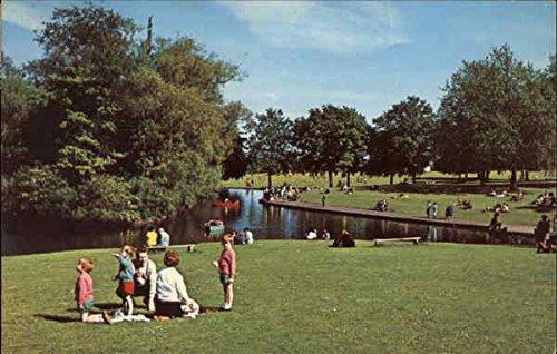 Abington Park Northampton, England Original Vintage Postcard