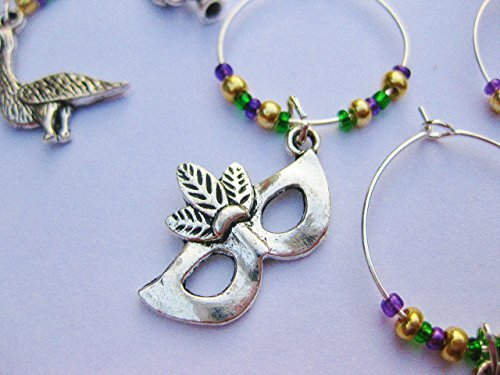 (Mardi Gras Themed Wine Charms, New Orleans Mardi Gras, Gift for Fat Tuesday. Set of 6. MARDI GRAS BEADING.)