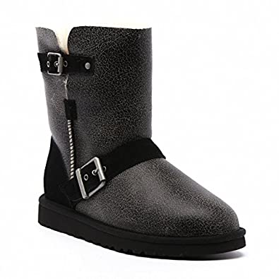 b3c33658e74 UGG Women's UGG Boots Classic Short Dylyn - Black Size: 5.5-6 ...