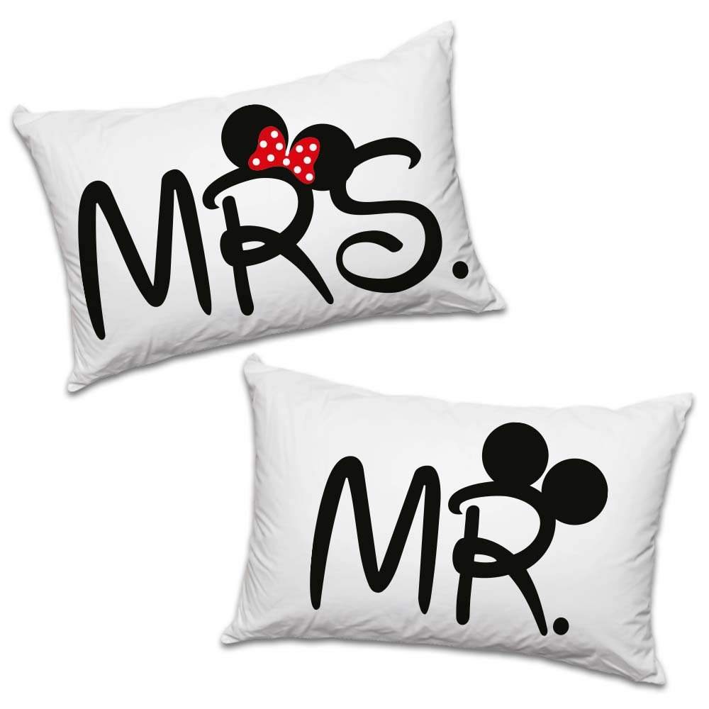 "Par de fundas de almohada de la colección ""Love You and Me"" con el texto estampado en inglés ""Mr"" y ""Mrs"" Babloo"