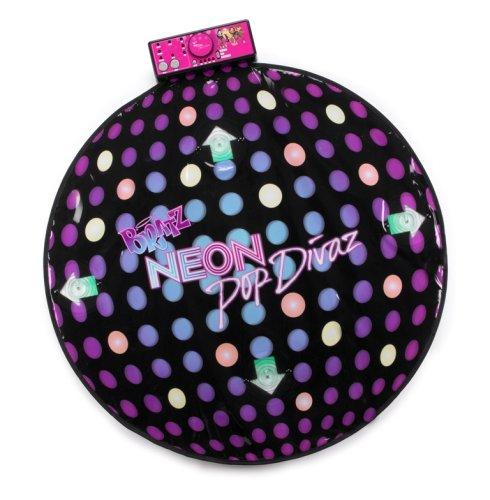 Bratz MGA Neon Pop Divaz Dance Mat