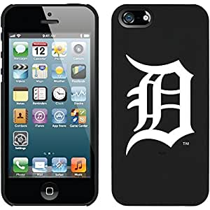 fahion caseDetroit Tigers - D White design on a Black iphone 6 4.7 Thinshield Snap-On Case