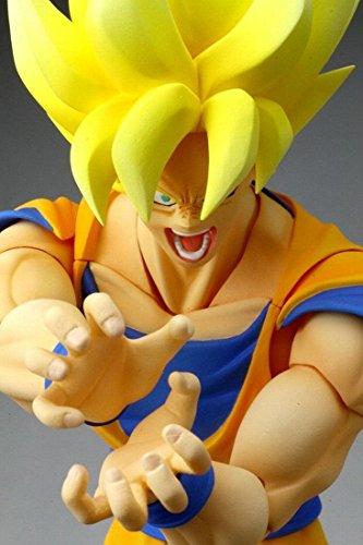 "Bandai Tamashii Nations Super Saiyan Son Goku ""Dragonball Z"" S.H. Figuarts Action Figure (Discontinued by manufacturer)"