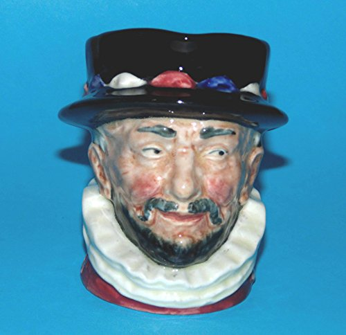 - Royal Doulton toby/character jug BEEFEATER D6233
