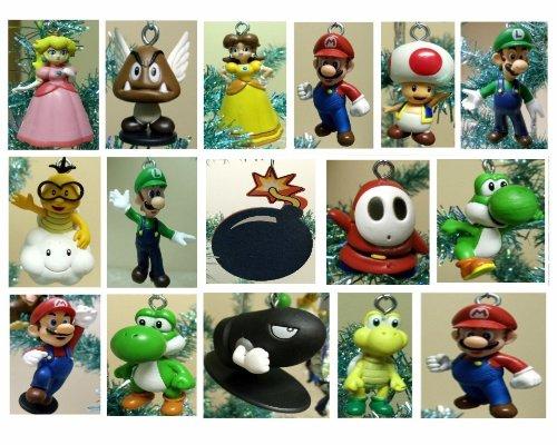 Amazon.com: Nintendo Super Mario Brothers 19 Piece Deluxe Holiday ...
