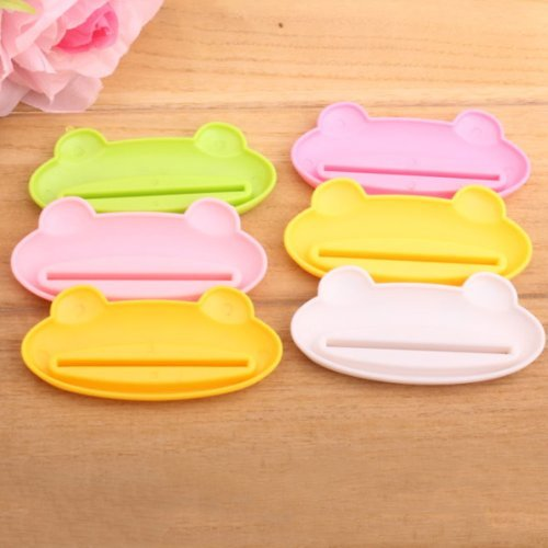 BUYEONLINE 5Pcs/Lot Cute Cartoon Animal Style Toothpaste Facial Cleanser Squeezer - Random Mixture Color