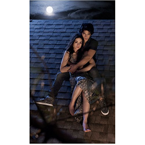 Teen Wolf Tyler Posey as Scott and Crystal Reed as Allison on roof 8 x 10 Inch ()