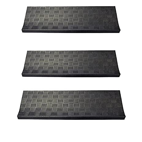Charming Envelor Home And Garden Non Slip Rubber Stair Treads In Various Designs (3  Pack