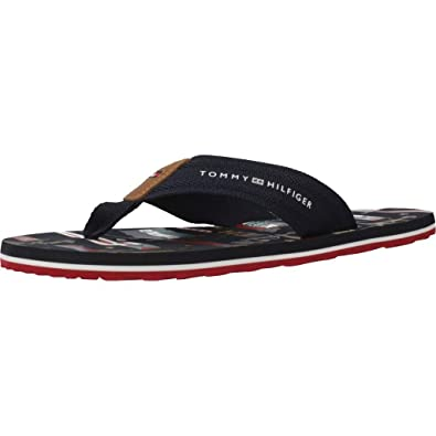 b79923d017 Amazon.com | Tommy Hilfiger Men's Heritage Flag Print Beach Sandal ...