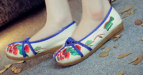 Avacostume Mujeres Embroidery Flats Casual Walking Slip-on Loafer Beige