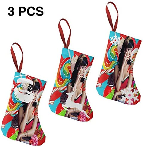 クリスマスの日の靴下 (ソックス3個)クリスマスデコレーションソックス ケイティー ペリーKaty Perry クリスマス、ハロウィン 家庭用、ショッピングモール用、お祝いの雰囲気を加える 人気を高める、販売、プロモーション、年次式