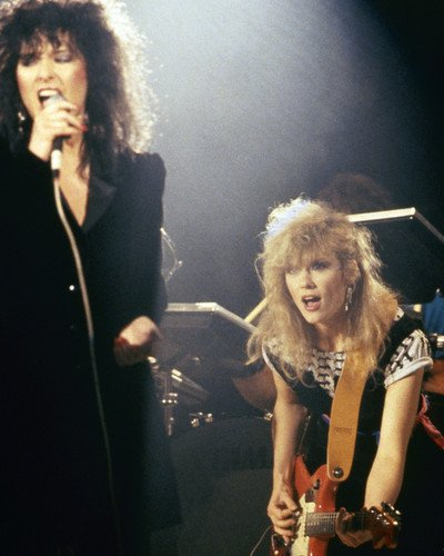 heart Ann and Nancy Wilson in concert 1980's 11x14 Promotional Photograph