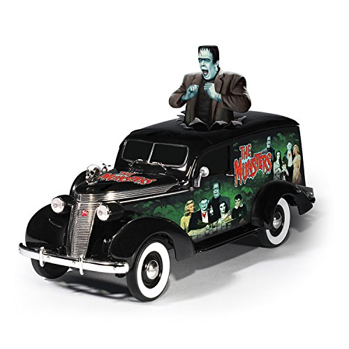 (Riding with The Munsters Hearse Sculpture in 1:18 Scale by The Hamilton Collection)