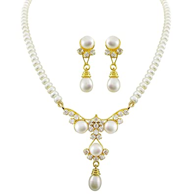 854d568dd4de5 Sri Jagdamba Pearls Gold-Plated Pendant Set for Women (White)