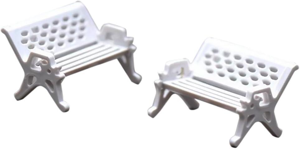 Gosear 2 piezas Jardín de Hadas Miniatura Banco Blanco Asiento Silla Estilo para Casa de Muñecas DIY Micro Paisaje Terrario Casa Decoración Adornos Accesorios