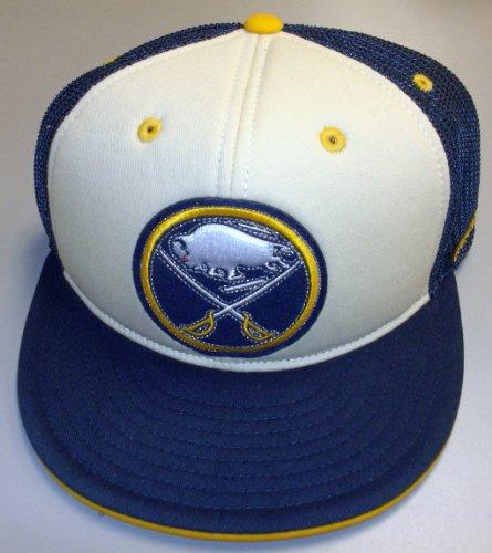 Reebok Buffalo Sabres Flex Flat Bill Mesh Back Hat Size 6 7/8-7 1/4 - TX78Z