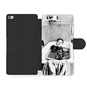 Charlie Chaplin Having Bath Black & White Funda Cuero Sintético para iPhone 6 Plus 6S Plus