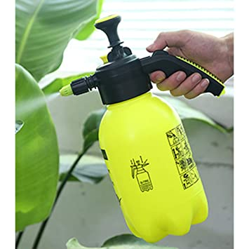 8796acc89e4e Amazon.com : Freeby Pressure Spray Bottle 2L Plastic Watering Pot ...