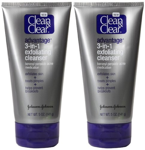 Clean Clear Advantage Exfoliating Cleanser product image