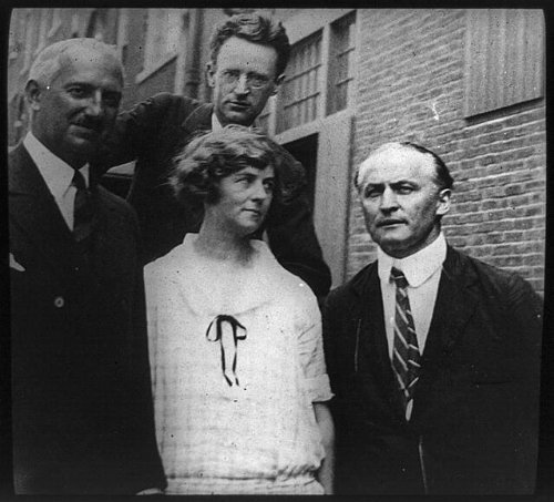Photo: Medium Margery, Mina Crandon, Harry Houdini, J Malcom Bird, OD Munn, seances, c1926 . Size: 8]()