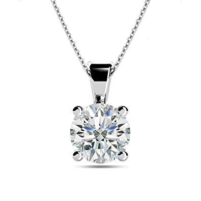 solitaire carat pendant white diamond in with gold a