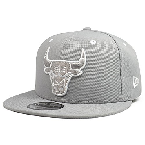 New Era Chicago Bulls 6-Times Champions Gray-White 9Fifty Snapback NBA Adjustable Hat