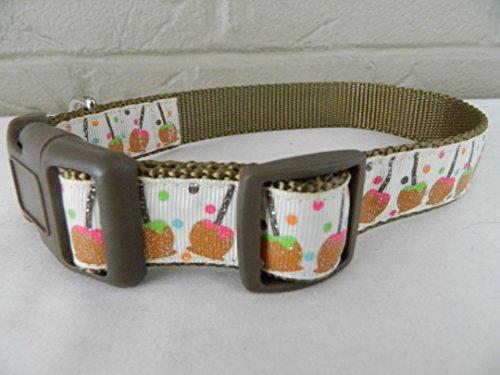 Schmoopsie Couture Caramel Apples on Beige Dog Collar (Large (15