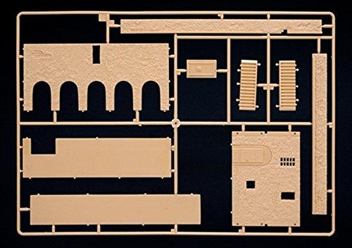 Italeri 1:72 African House - Plastic Diorama Accessory Kit #6139 by Italeri (Image #2)