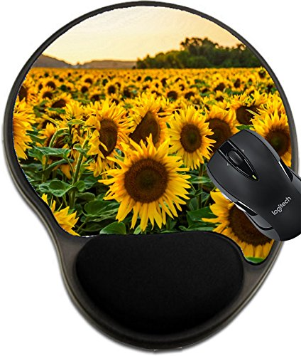 (MSD Mousepad Wrist Protected Mouse Pads/Mat with Wrist Support Sunflower Field in Sunny Summer Day Image 23022946 Customized Tablemats Stain Resistance Collector Kit Kitchen Table Top DeskDrink Custo)
