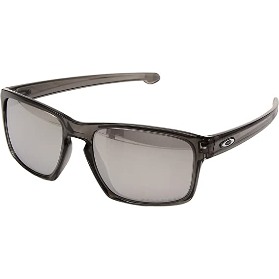 5ef4ead2e5d4a Oakley Men s Sliver Polarized Grey Smoke Chrome Iridium One Size   Amazon.co.uk  Clothing