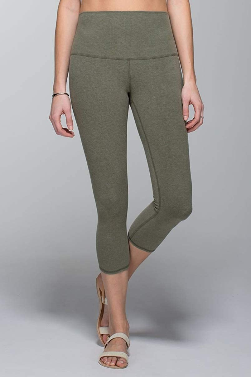 7e0d15423 Amazon.com  Lululemon Wunder Under Crop III Yoga Pants  Clothing