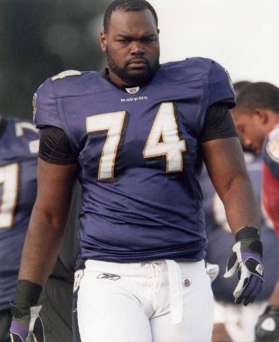Baltimore Ravens Nfl 8x10 Photo - MICHAEL OHER BALTIMORE RAVENS 8X10 HIGH GLOSSY SPORTS ACTION PHOTO (N)