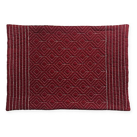quilted-placemat-in-burgundy-13-l-x-19-w