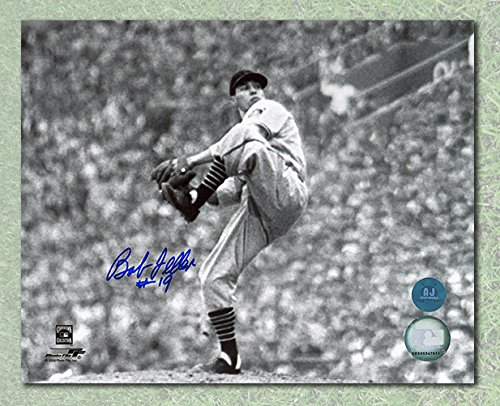 Bob Feller Cleveland Indians Autographed Black & White Pitching 8x10 Photo