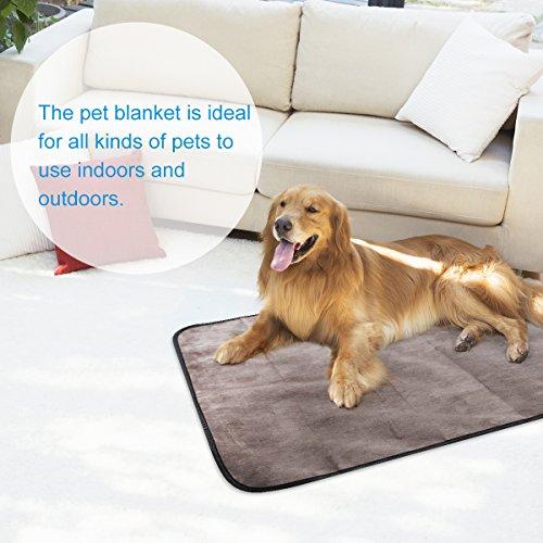 UEETEK-Pet-Dog-Blanket-Waterproof-Pet-Mat-for-Dog-Cat-Indoor-Outdoor-Lawn-Use-with-Shoulder-Bag-100cm-x-70cm