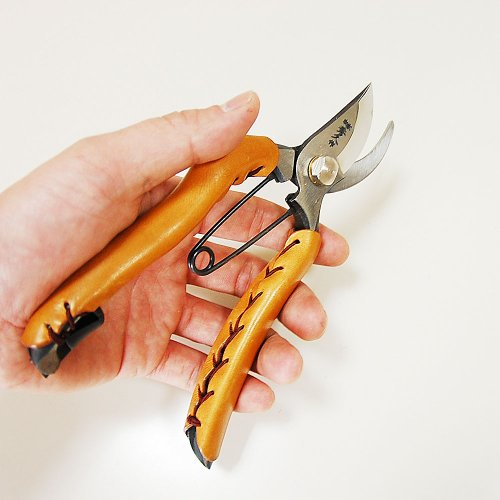 YP200 leather Soke Hidehisa for professional pruning shears (japan import)
