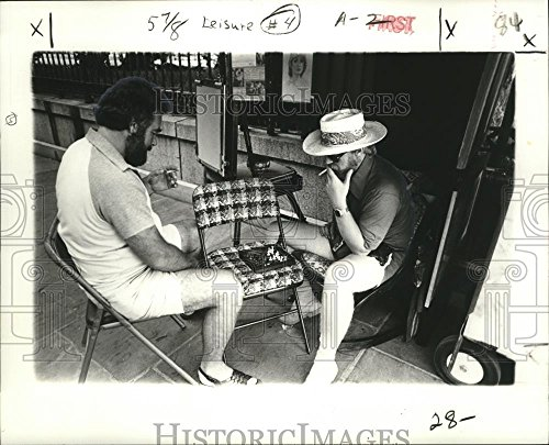 Historic Images 1978 Press Photo New Orleans Jackson Square-Artists pause for chess game - 8 x 10 in