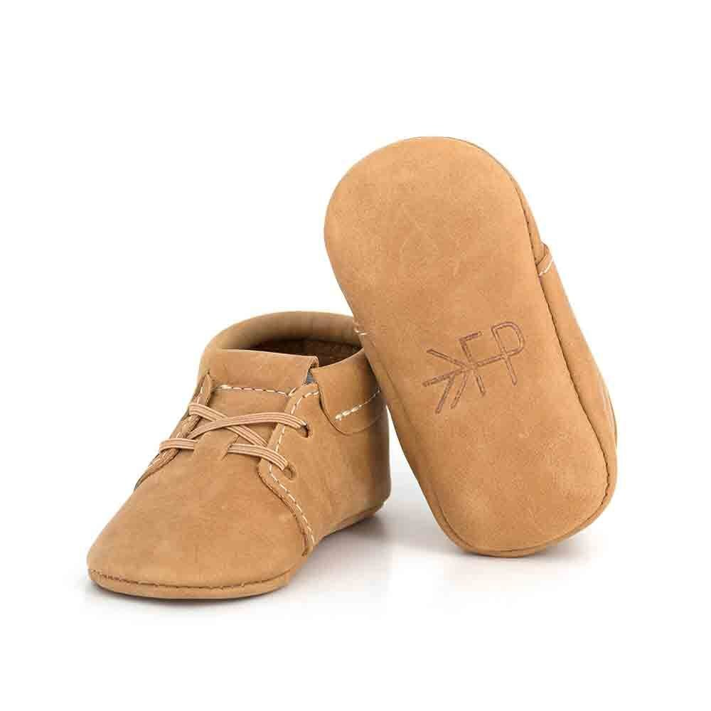 Freshly Picked - Oxfords - Soft Sole Leather Baby Moccasins  Cedar - Oxford Size 2 by Freshly Picked