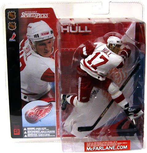 McFarlane Toys NHL Sports Picks Series 2 Action Figure: Brett Hull (Detroit Red Wings) White Jersey ()
