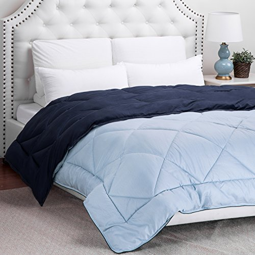 Bedsure Designs Reversible Down Alternative Comforter with Corner Ties, Full/Queen - Navy/Light blue