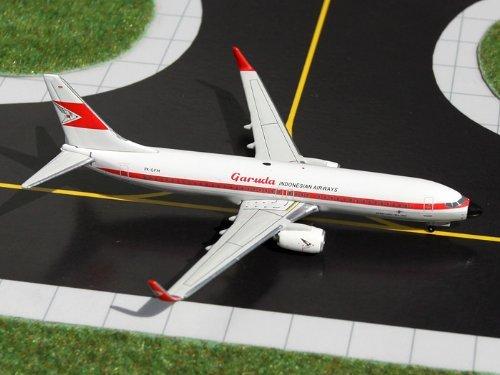 Garuda Indonesia B737-800(W) 60'S Retro Livery ~PK-GFM (1:400) by DARON - Online Store Indonesia