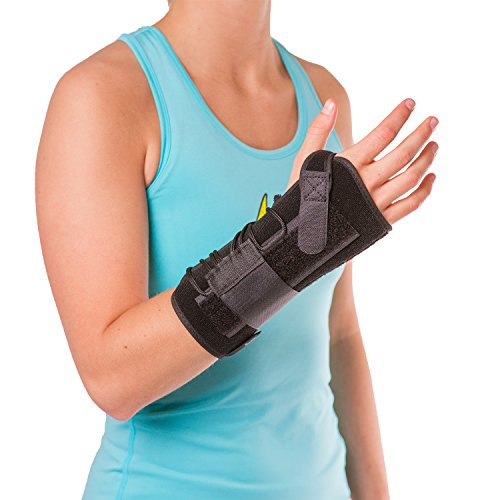 (BraceAbility Lace up Wrist Immobilizer | Cock-up Splint for Carpal Tunnel Syndrome, Soft Night Guard Protection Brace for Sleeping, Forearm Tendonitis, Sprains, TFCC Pain (One Size: Right Hand))