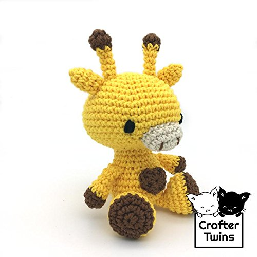 How to embroider closed eyes on your amigurumi [video tutorial ... | 500x500