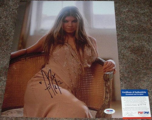 SO SEXY!! Fergie BLACK EYED PEAS Signed HOT 11x14 Photo #2 WOW!!! - PSA/DNA (Black Eyed Peas Photograph)