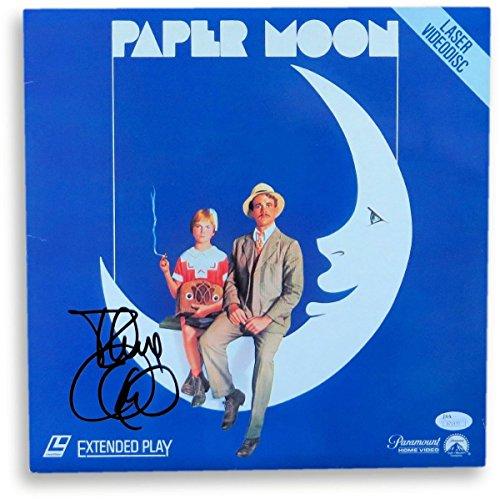 Tatum Autograph - Tatum O'Neal Signed Autographed Laserdisc Cover Paper Moon JSA S71470