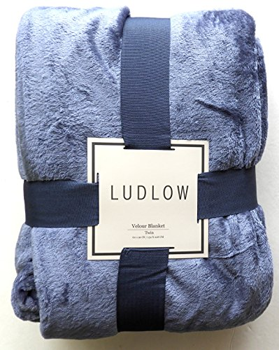 Luxurious Solid Velvet Velour Blanket Twin Size Midnight Blue Blue Velour Blanket