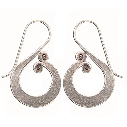 - HANDMADE THAI DESIGN EARRINGS PURE SILVER KAREN HILLTRIBE