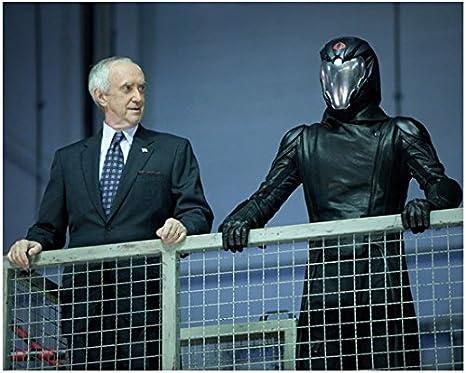 G I Joe Retaliation Jonathan Pryce As President And Luke Bracey As Cobra Commander 8 X 10 Inch Photo At Amazon S Entertainment Collectibles Store