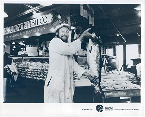 - Vintage Photos Press Photo Business Pike Place Fish Company Market Seattle WA Seafood 8x10